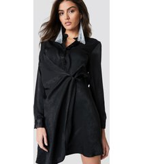 hannalicious x na-kd draped shirt dress - black