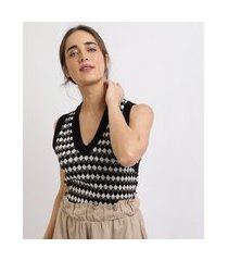 colete feminino mindset em tricô estampado geométrico decote v preto
