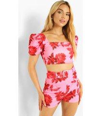 bloemen crop top met pofmouwen en shorts met ceintuur, pink