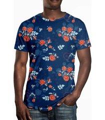 camiseta estampada over fame rosas no dark blue