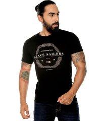 camiseta negra americanino