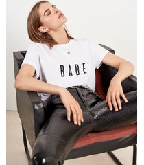 t-shirt babe