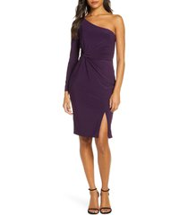 women's vince camuto one-sleeve ruched cocktail dress, size 14 - purple