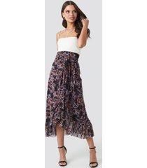 na-kd trend mesh overlap maxi skirt - multicolor