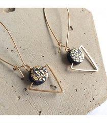 kolczyki wiszące trójkąty złotka classic blue