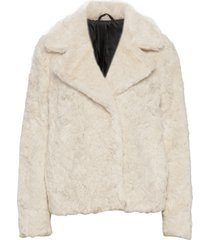 stina outerwear faux fur creme tiger of sweden jeans