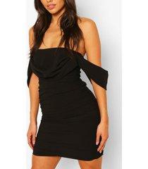 jurk met boothals en ruches voor korte maten, zwart