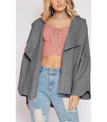 bolsillos laterales grises cuello de solapa liso abrigo de manga larga