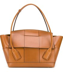bottega veneta large arco tote bag - brown