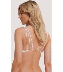 na-kd lingerie strappy vacay bikinitopp - white