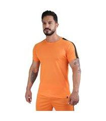 camiseta meio swag track dryfit laranja/preto