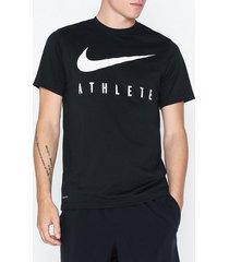 nike m nk dry tee db athlete tränings t-shirts black