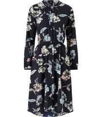 klänning onlnova lux miranda dress aop wvn