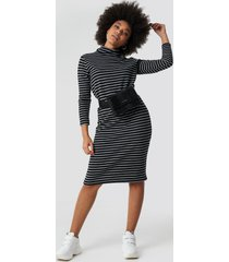 trendyol striped knitted midi dress - black