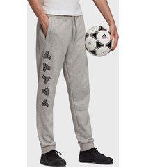 pantalón de buzo adidas performance tan sw logo jgs gris - calce regular
