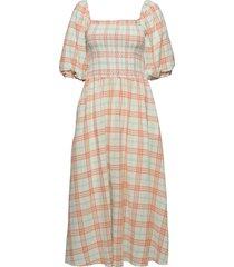 ebonyrs dress maxiklänning festklänning rosa résumé