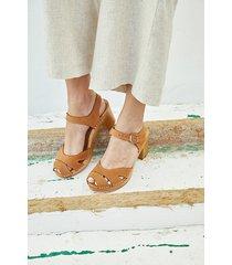 sandały ze skóry i drewna tulian