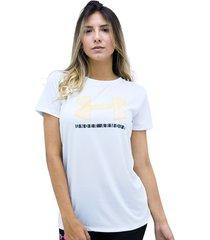 camiseta blanco under armour tech ssc graphic
