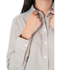 camisa para dama color verde con botones frontales y en manga