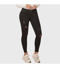 jeans push up estilo ochentero chopán negro tyt jeans