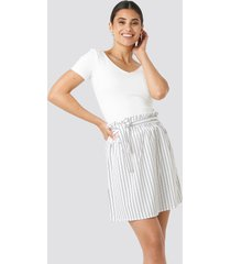 na-kd striped tied waist skirt - white