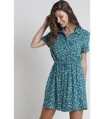 vestido chemise curto estampado floral com amarração manga curta verde