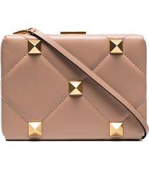 valentino garavani roman stud leather clutch bag - pink