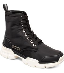 trekk shoes boots ankle boots ankle boots flat heel svart love moschino