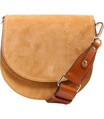 closed shoulder bag