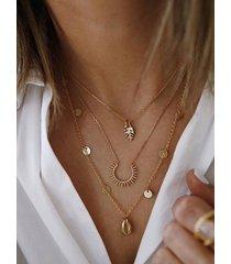 collar multicapa de aleación de concha de oro redondo hoja