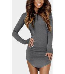 redondo cuello ajuste ceñido con dobladillo curvo vestido en gris oscuro