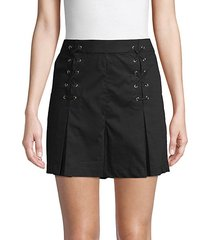 lace-up stretch shorts