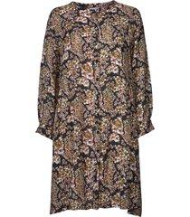 klänning nelly shirt dress