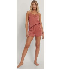 na-kd lingerie lace edge night satin shorts - pink