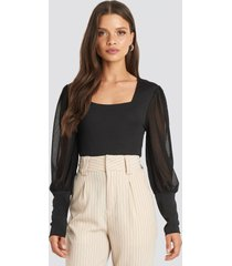 na-kd party mesh contrast sleeve jersey blouse - black