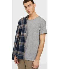bread & boxers crew neck relaxed t-shirt t-shirts & linnen grå