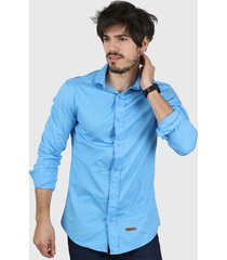 camisa celeste wintertex básica