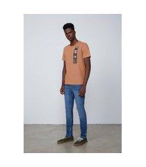 camiseta masculina regular em algodão - laranja