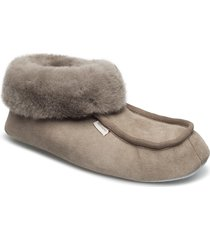 magnus slippers tofflor beige shepherd