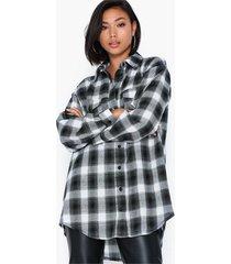missguided brushed oversized basic check shirt skjortor