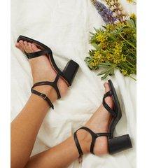 pavement aisha high heel