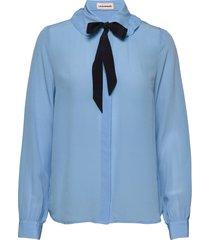 emma sofie ruffle blus långärmad blå custommade