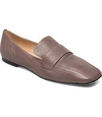 jerry loafers låga skor brun notabene