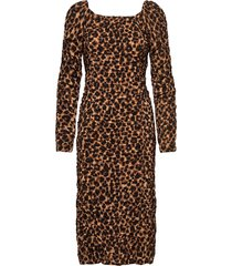 amyna knälång klänning brun by malene birger