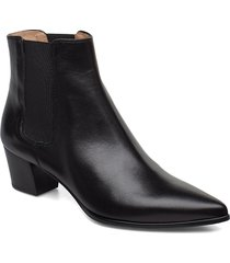 jiste_f19_na shoes boots ankle boots ankle boots with heel svart unisa