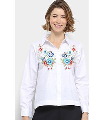 camisa manga longa anany floral bordada feminina