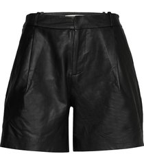 mahiam shorts leather shorts svart custommade