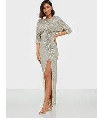 tfnc jia maxi sequin dress maxiklänningar