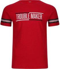 camiseta trouble maker color rojo, talla m