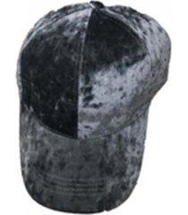 gorra gris nuevas historias